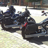 99 Dyna Super Glide w/ Charger Studded Saddlebags