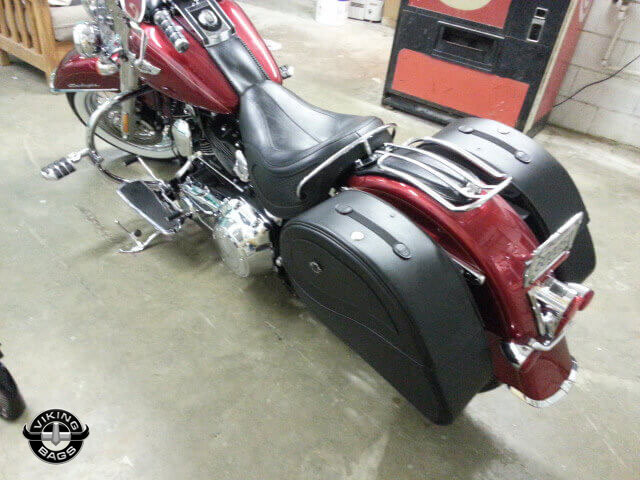 Harley Softail Deluxe FLSTN Ultimate Shape Plain leather Saddlebags